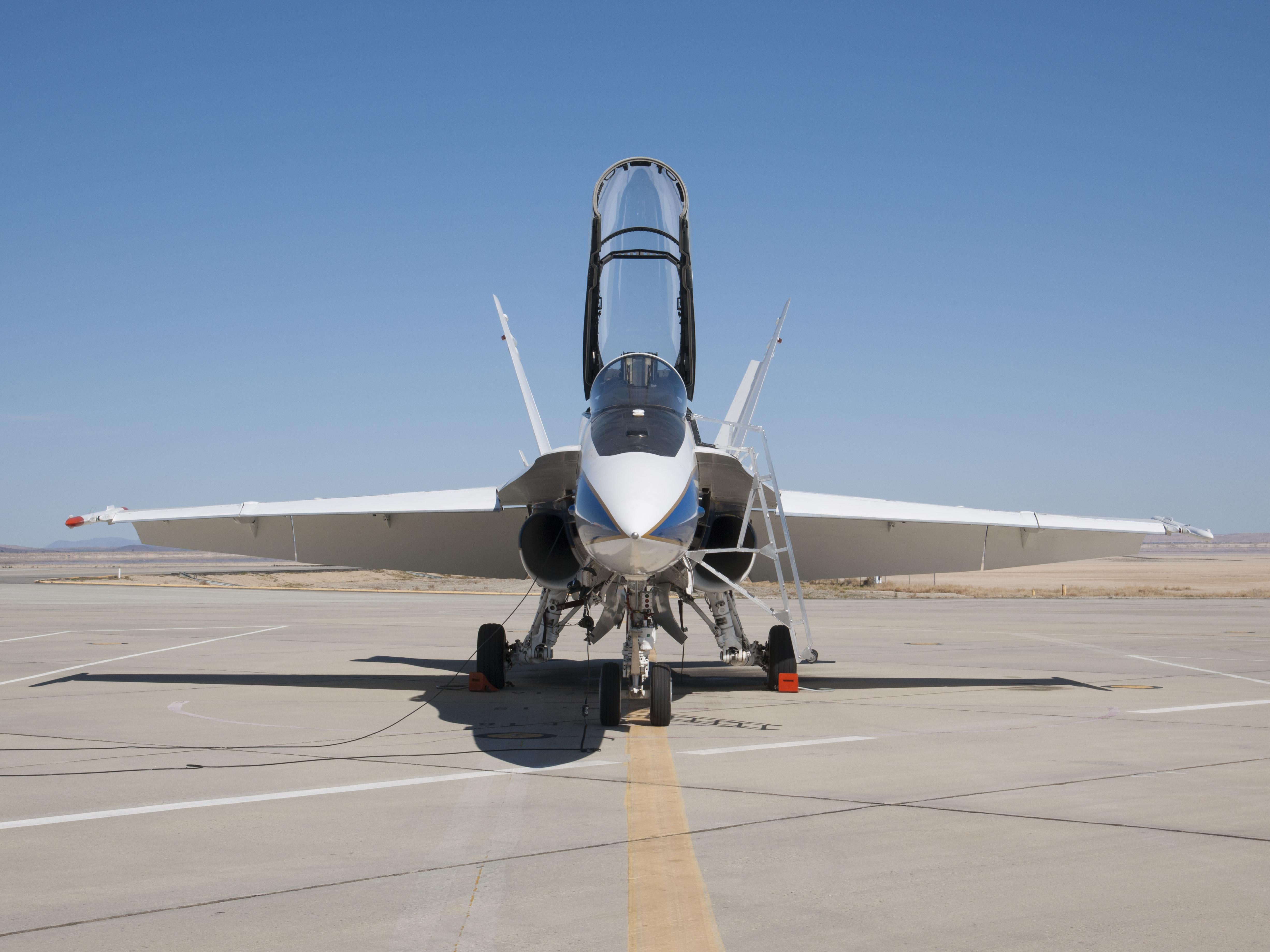 nasa f 18 pilot - photo #39